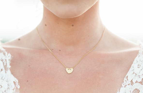Fair Trade Gold, lebendig, lebendiger Schmuck, Armreif, Schmuck mit Nachhaltigkeit, nachhaltig, achtsam, Herzkette