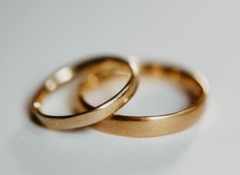 handmadejewelry, sustainablewedding, sustainableweddingrings, nachhaltigetrauringe, greenweddingrings, grüngold, ökogold, fairtradetrauringe, fairtrade, braut, Hochzeit, fairtradeverlobungsring, fairtradejewelry ,sayyes, achtsametrauringe, Goldschmiede, handarbeit, handgefertigt