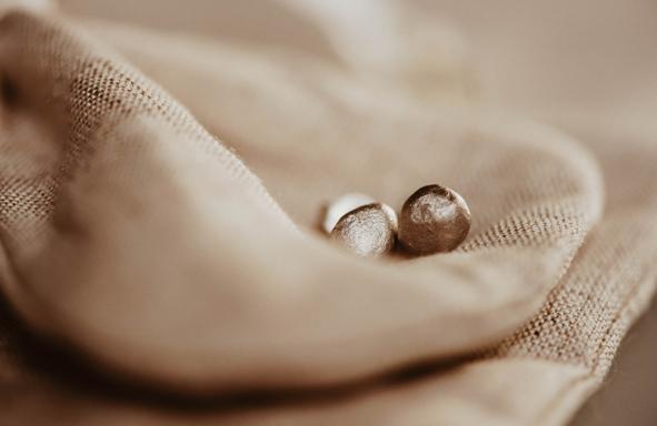 Ohrstecker, zarte Ohrstecker, fairtrade braut, Hochzeit, Goldschmiede, handarbeit, handgefertigt, 1ct, Brillantohrstecker, Brillantohrringe,